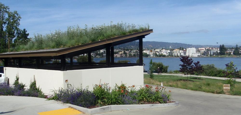 Restaurant On The Lake Merritt Oakland
